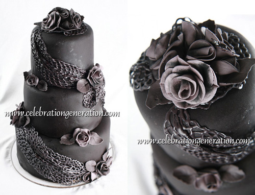 The cake featured sugar roses in varying shades of gray dusted with black