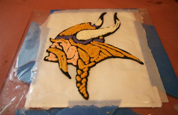 Cake Decorating Frozen Buttercream Transfer : Cake Decorating Tutorial   Frozen Buttercream Transfers